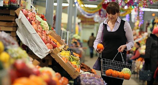 کارگران فروشگاه های مواد غذایی در معرض کرونا